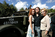 "THE NETHERLANDS-THE HAGUE-  August 8, 2005. Cast and crew of the Dutch film 'Zwartboek'. Actresses Carice van Houten (R), Halina Reijn and actor Thom Hoffman  PHOTO: GERRIT DE HEUS..Den Haag. 26/08/05. De cast en crew van de Nederlandse film ""Zwartboek"" op het Plein in Den Haag. VLNR: Halina Reijn, Thom Hoffman en Carice van Houten."