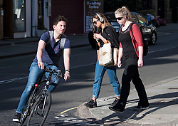 © Licensed to London News Pictures. 20/04/2018. London, UK. Members of the public make their way through Westminster in central London in warm early morning sunshine . Another record breaking day of unseasonably high temperatures is expected today in parts of the south east. Photo credit: London News Pictures.