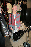 Nigel Cutteridge, Cast change for Wicked. Apollo Victoria theatre. After party at Park Plaza Victoria. 12 April 2007.  -DO NOT ARCHIVE-© Copyright Photograph by Dafydd Jones. 248 Clapham Rd. London SW9 0PZ. Tel 0207 820 0771. www.dafjones.com.