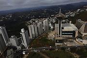 Belo Horizonte_MG, Brasil.<br /> <br /> Torre Alta Vila e bairro Vila da Serra em Nova Lima, Minas Gerais.<br /> <br /> Alta Vila tower and Vila da Serra neighborhood in Nova Lima, Minas Gerais.<br /> <br /> Foto: MARCUS DESIMONI / NITRO