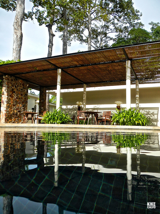 Amansara, the former guesthouse of King Sihanouk, is situated on the edge of Siem Reap just 10 minutes from the entrance to the Angkor UNESCO World Heritage Site. It derives its name from the twinning of two Sanskrit words – aman (peace) and apsara (the heavenly nymphs of ancient Hindu mythology).