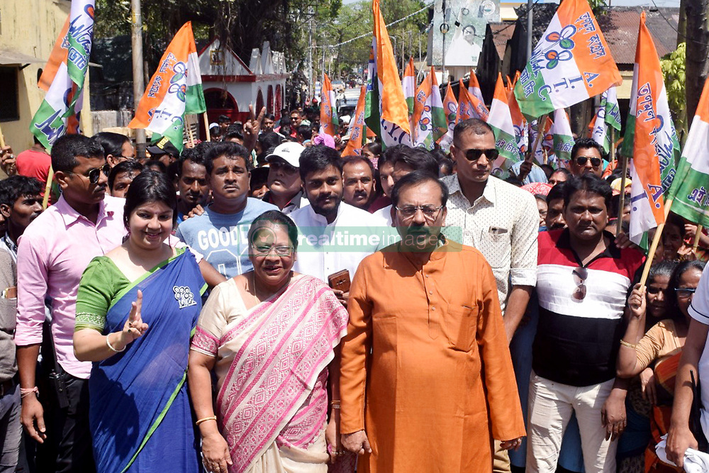 March 24, 2019 - Kolkata, West Bengal, India - Trinamool Congress Kolkata South Parliament constituency candidate Mala Roy (middle) along with party member campaigns for the upcoming Lok Sabha or General Election 2019. (Credit Image: © Saikat Paul/Pacific Press via ZUMA Wire)