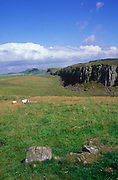 A239WX Steel Rigg crag outcrop and Hadrian's wall, Northumberland, England