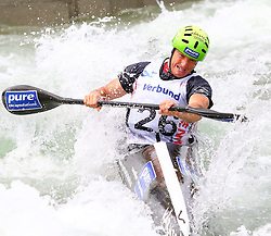 27.06.2015, Verbund Wasserarena, Wien, AUT, ICF, Kanu Wildwasser Weltmeisterschaft 2015, K1 men, im Bild Gerhard Schmid (AUT) // during the final run in the men's K1 class of the ICF Wildwater Canoeing Sprint World Championships at the Verbund Wasserarena in Wien, Austria on 2015/06/27. EXPA Pictures © 2014, PhotoCredit: EXPA/ Sebastian Pucher