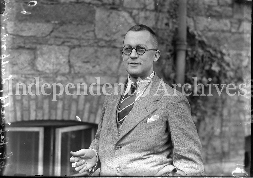 H488<br /> Portrait of Dr Reginald Ludford. 19/10/29. (Part of the Independent Newspapers Ireland/NLI Collection)