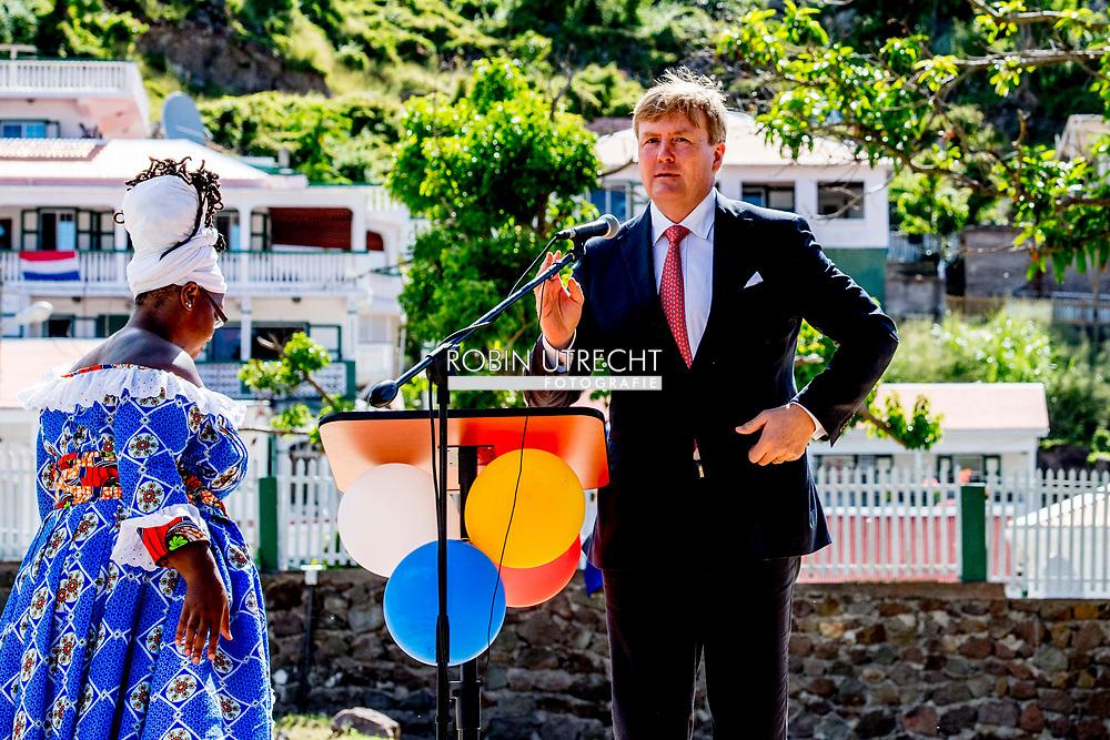 THE BOTTOM - speech van Koning Willem-Alexander en koningin Maxima vieren in de tuin van gezaghebber Jonathan Johnson Saba Day, de nationale feestdag van het eiland. ANP ROBIN UTRECHT **NETHERLANDS ONLY**