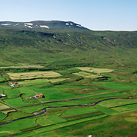 Hóll séð til norðvesturs, Staðarhreppur / Holl viewing northwest, Stadarhreppur.