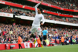 25.09.2010, Emirates Stadium, London, ENG, PL, Arsenal vs west Bromwich Albion, im Bild West Brom's Gonzalo Jara celebrates his goal, EXPA Pictures © 2010, PhotoCredit: EXPA/ IPS/ Mark Greenwood *** ATTENTION *** UK AND FRANCE OUT! / SPORTIDA PHOTO AGENCY