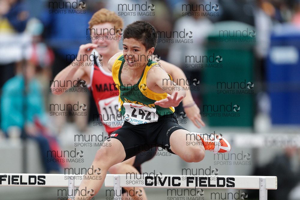 Joey Daniels of Cameron Heights CI - Kitchener competes at the 2013 OFSAA Track and Field Championship in Oshawa Ontario, Friday,  June 7, 2013.<br /> Mundo Sport Images/ Geoff Robins