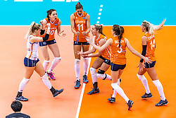 15-10-2018 JPN: World Championship Volleyball Women day 16, Nagoya<br /> Netherlands - USA 3-2 / Kirsten Knip #1 of Netherlands, Lonneke Sloetjes #10 of Netherlands, Anne Buijs #11 of Netherlands, Maret Balkestein-Grothues #6 of Netherlands, Yvon Belien #3 of Netherlands, Laura Dijkema #14 of Netherlands