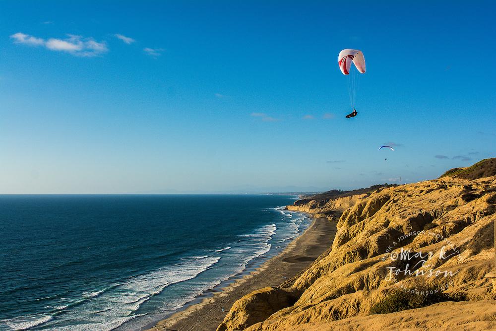 Paraglider, Torrey Pines Gliderport, San Diego, California, USA