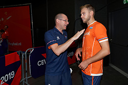 15-09-2019 NED: EC Volleyball 2019 Netherlands - Poland, Rotterdam<br /> First round group D - Poland win 3-0 / Coach Roberto Piazza of Netherlands, Gijs Jorna #7 of Netherlands