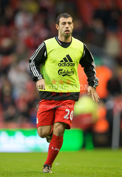 LIVERPOOL, ENGLAND - Saturday, December 13, 2008: Liverpool's Javier Mascherano warms-up before the Premiership match against Hull City at Anfield. (Photo by David Rawcliffe/Propaganda)