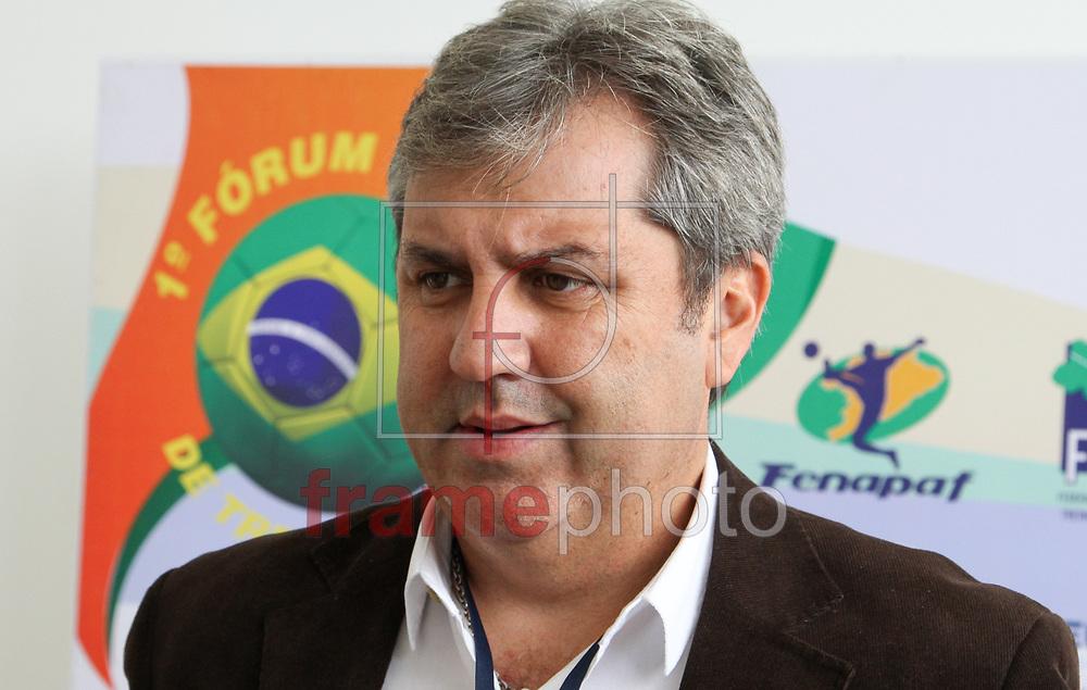 A FBTF (Federação Brasileira dos Treinadores de Futebol), promoveu nesta segunda-feira (01)  no Spa Sport Resort, na cidade de Itu, o 1º Fórum Brasil de Treinadores. O evento foi aberto pelo presidente da Federação, Zé Mario, que agradeceu a todos os presentes e também a todos os colaboradores. Em seguida passou a palavra para o mediador do fórum, Paulo Roberto Falcão que deu início ao primeiro debate na foto Gilson kleina - FOTO MARCELO D'SANTS/FRAME