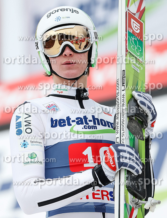04.01.2014, Bergisel Schanze, Innsbruck, AUT, FIS Ski Sprung Weltcup, 62. Vierschanzentournee, Bewerb, im Bild Peter Prevc (SLO) // Peter Prevc of Slovenia during Competition of 62nd Four Hills Tournament of FIS Ski Jumping World Cup at the Bergisel Schanze, Innsbruck, Austria on 2014/01/04. EXPA Pictures © 2014, PhotoCredit: EXPA/ Peter Rinderer