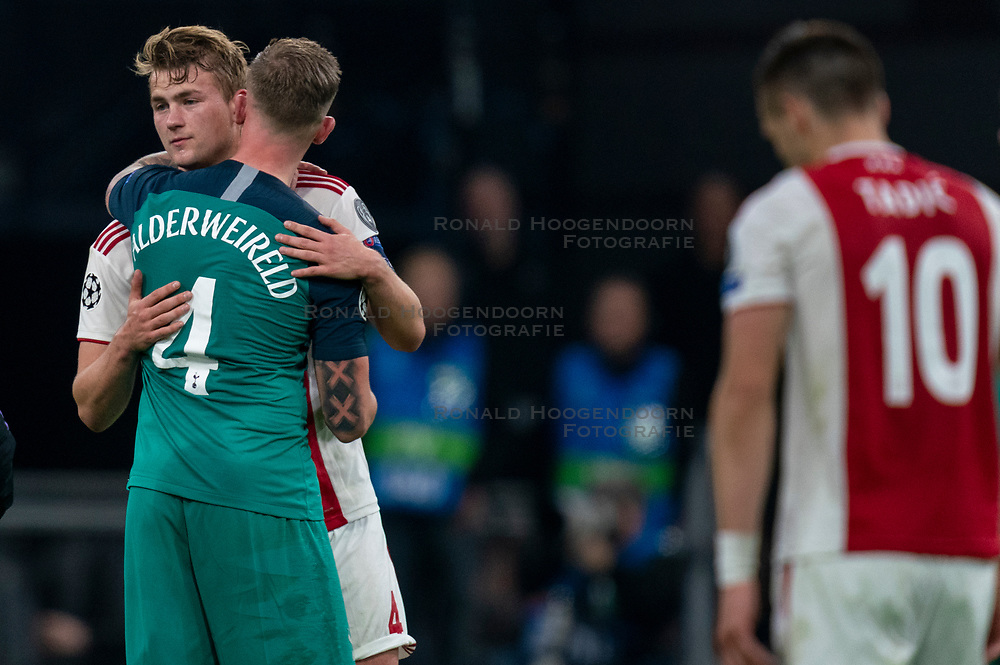 08-05-2019 NED: Semi Final Champions League AFC Ajax - Tottenham Hotspur, Amsterdam<br /> After a dramatic ending, Ajax has not been able to reach the final of the Champions League. In the final second Tottenham Hotspur scored 3-2 / Matthijs de Ligt #4 of Ajax, Toby Alderweireld #4 of Tottenham Hotspur
