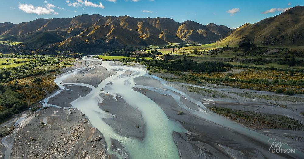 Waiau River, Canterbury, NZFlying up to Hope River