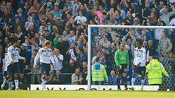PORTSMOUTH, ENGLAND - Saturday, March 21, 2009: Everton's goalkeeper Tim Howard and Jo look dejected as Portsmouth score the winning goal during the Premiership match at Fratton Park. (Photo by David Rawcliffe/Propaganda)