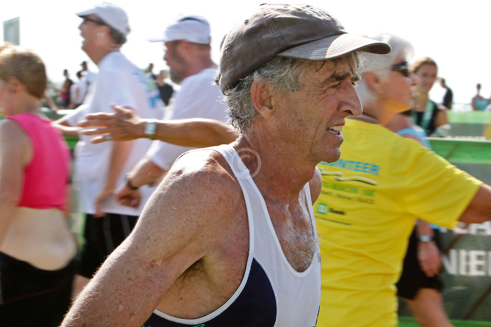 Beach to Beacon 10K , Olympic Gold Medalist Frank Shorter