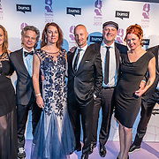NLD/Hilversum//20170306 - uitreiking Buma Awards 2017, Peter Slager en partner Liesbeth, Paskal Jakobsen en partner Doortje en Bas Kennis