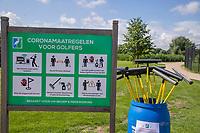 SCHIPLUIDEN / Delft -  -  Delfland Golf. Corona maatregelen, regels, harken, hark, bunker,  gedesinfecteerde hark,    COPYRIGHT KOEN SUYK