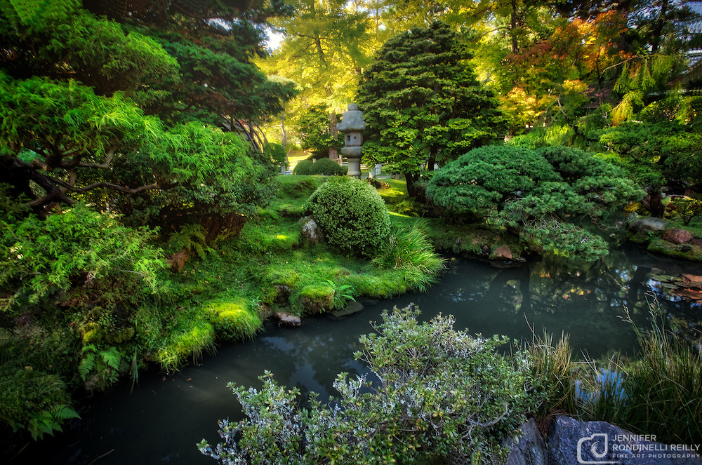 Photo of the Japanese Tea Garden at Golden Gate Park in San Francisco, CA. Created in 1894, this five acre tea garden is the oldest in the United States.