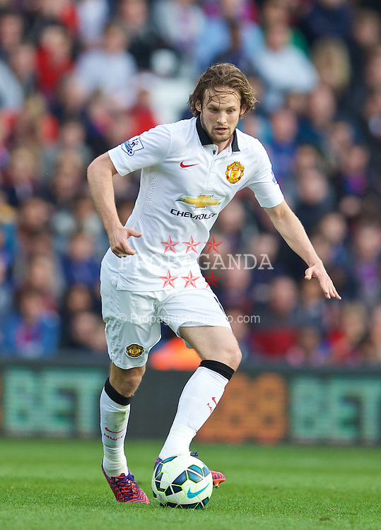 LONDON, ENGLAND - Saturday, May 9, 2015: Manchester United's Daley Blind in action against Crystal Palace during the Premier League match at Selhurst Park. (Pic by David Rawcliffe/Propaganda)