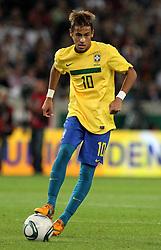 GER, Commerzbank Arena, GER, Stuttgart, FSP, LS, Deutschland (GER) vs Brasilien (BRA), im Bild .. Neymar Santos Junior (BRA/FC Santos) // durch the friendly ship between Germany (GER) vs Brasil (BRA) in Commerzbank Arena, Stuttgart, on 2011/08/11 EXPA Pictures © 2011, PhotoCredit: EXPA/ nph/  Hessland       ****** out of GER / CRO  / BEL ******