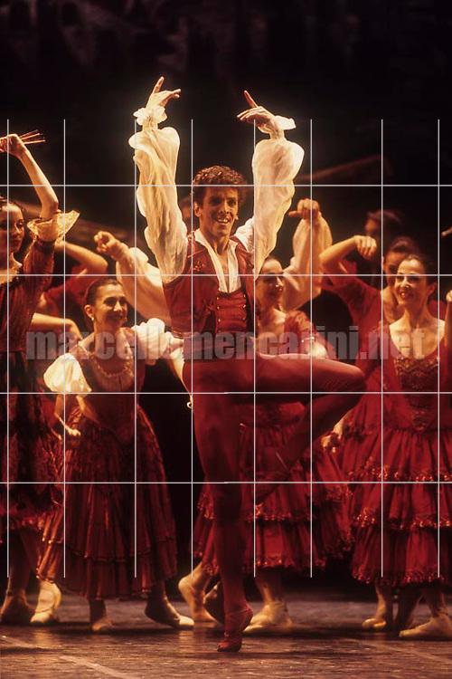 Argentinian ballet dancer Maximiliano Guerra (1999) Il ballerino Maximiliano Guerra (1999) - © Marcello Mencarini