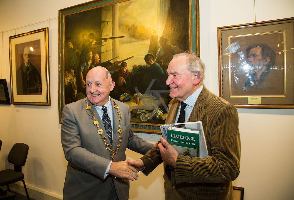 02.11.2016                  <br /> &ldquo;Freeman&rsquo;s Choice&rdquo; an exhibition by renowned artist and Freeman of Limerick, Dr. Thomas Ryan, R.H.A., was officially opened by Mayor Kieran O&rsquo;Hanlon in Dooradoyle Library. Pictured at the launch were, Mayor of Limerick City and County Cllr. Kieran O'Hanlon and Dr. Thomas Ryan, R.H.A.. Picture: Alan Place