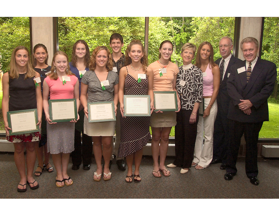 16483The Gates Foundation : Ross County Scholar's Fund Awards 2004..left to right: Kara Bobo, Lindsay Donahue, Jessica Ford, Anna Bennett, Catherine Jean Hurff, Jeremy Grigsby, Terra Colleen Harris, Amy Jones, Mary Gates, Ashley Sowers, Rich Bebee, Larry Gates