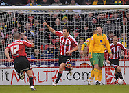 Sheffield - Saturday January 9th, 2009: Darius Henderson of Sheffield United celebrates his <br />  opening goal during the Coca Cola Championship match at Bramall Lane, Sheffield. (Pic by Alex Broadway/Focus Images)