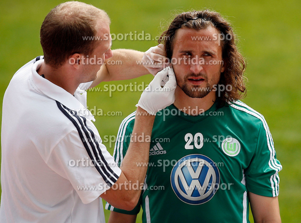 07.08.2012, Stadion Lind, Villach, AUT, VfL Wolfsburg Trainingslager, im Bild Petr Jiracek (Wolfsburg) beim Laktattest // during the training session from VfL Wolfsburg on 2012/08/07. EXPA Pictures © 2012, PhotoCredit: EXPA/ Oskar Hoeher.