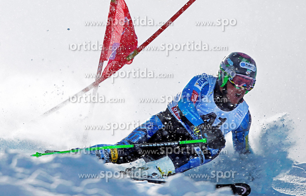 28.10.2012, Rettenbachferner, Soelden, AUT, FIS Weltcup, Ski Alpin, Riesenslalom, Herren, 1. Durchgang, im Bild Ted Ligety (USA) in action // during first Run of mens Giant Slalom of the FIS Ski Alpine Worldcup at Rettenbach Glacier, Soelden, Austria on 2012/10/28. EXPA Pictures © 2012, PhotoCredit: EXPA/ Freshfocus/ Pfander ***** ATTENTION - for AUT, SLO, CRO, SRB, BIH only *****