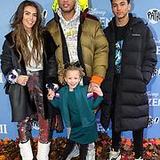 NLD/Amsterdam/20191116 - Filmpremiere Frozen II, Laura Ponticorvo en partner Ryan Rijger en zoon Luca Rijger