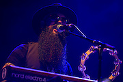 Frankfurt | Deutschland | 27.11.2015: Die Rival Sons spielen als Vorgruppe von [Deep Purple] in der Frankfurter Festhalle<br /> <br /> <br /> hier:  Jay Buchanan (voc), Scott Holiday (git), Mike Miley (dr), Dave Beste (bs), Todd E. &Ouml;gren-Brooks (keyboard)<br /> <br /> 20151127<br /> <br /> <br /> [Inhaltsveraendernde Manipulation des Fotos nur nach ausdruecklicher Genehmigung des Fotografen. Vereinbarungen ueber Abtretung von Persoenlichkeitsrechten/Model Release der abgebildeten Person/Personen liegt/liegen nicht vor.] [No Model Release | No Property Release]