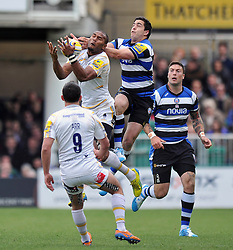 Josh Drauniniu (Worcester) claims the ball in the air - Photo mandatory by-line: Patrick Khachfe/JMP - Tel: Mobile: 07966 386802 19/04/2014 - SPORT - RUGBY UNION - The Recreation Ground, Bath - Bath Rugby v Worcester Warriors - Aviva Premiership.