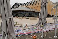 Le pavillon des Emirats Arabes Unis n'est pas termine pour l'ouverture de Shanghai Expo 2010 le 1 mai 2010.