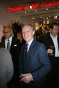 TERRY MANSFIELD, Book launch for ÔThe Measure' edited by Louise Clarke.  commissioned by the London College of Fashion. Bluebird. King's Rd. London. 21 November 2007. -DO NOT ARCHIVE-© Copyright Photograph by Dafydd Jones. 248 Clapham Rd. London SW9 0PZ. Tel 0207 820 0771. www.dafjones.com.