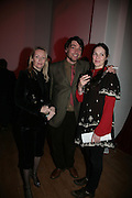 Deborah Vivian-Smith, Alex James and Clare James,  Whitechapel and Hogan present Art Pls Drama Party 2007. Whitechapel Gallery. London. 8 March 2007. -DO NOT ARCHIVE-© Copyright Photograph by Dafydd Jones. 248 Clapham Rd. London SW9 0PZ. Tel 0207 820 0771. www.dafjones.com.