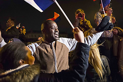 May 7, 2017 - Paris, ile defrance, people - scene of joy in Le Louvre, Paris after the win of Emmanuel Macron against Marien le Pen (Credit Image: © Julien Mattia via ZUMA Wire)