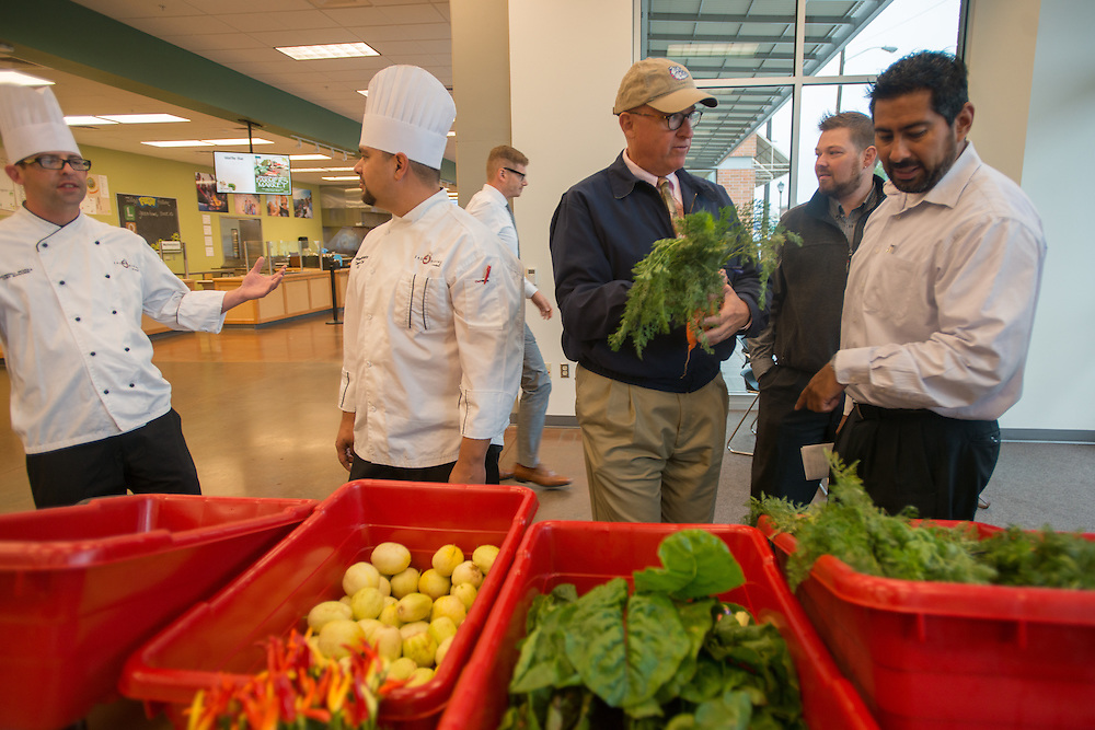 First LINC food delivery to Sodexo at the BARC. (Photo by Gonzaga University)