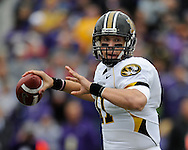 MANHATTAN, KS - NOVEMBER 14:  Quarterback Blaine Gabbert #11 of the Missouri Tigers gets ready to throw the ball down field in the first quarter against the Kansas State Wildcats on November 14, 2009 at Bill Snyder Family Stadium in Manhattan, Kansas.  (Photo by Peter G. Aiken/Getty Images)