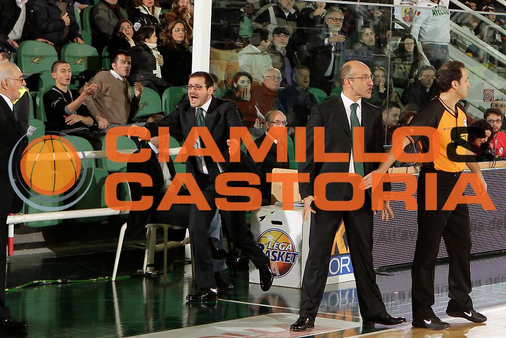 DESCRIZIONE : Avellino Lega A 2010-11 Air Avellino Benetton Treviso<br /> GIOCATORE : Francesco Vitucci<br /> SQUADRA : Air Avellino<br /> EVENTO : Campionato Lega A 2010-2011<br /> GARA : Air Avellino Benetton Treviso<br /> DATA : 22/01/2011<br /> CATEGORIA : delusione<br /> SPORT : Pallacanestro<br /> AUTORE : Agenzia Ciamillo-Castoria/A.De Lise<br /> Galleria : Lega Basket A 2010-2011<br /> Fotonotizia : Avellino Lega A 2010-11 Air Avellino Benetton Treviso<br /> Predefinita :