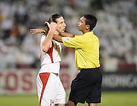 Fussball International  WM Qualifikation 2014   Katar - Iran      04.06.2013 Schiedsrichter Abdul Malik Abdul Bashier (Singapur) und Anderanik TEYMOURIAN (Iran)
