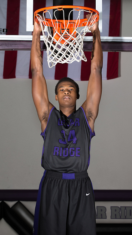 "Cedar Ridge's 6' 7"" sophomore Tim Holland.  (LOURDES M SHOAF for Round Rock Leader.)"