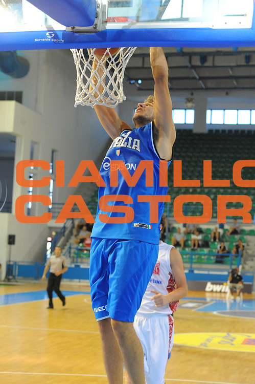 DESCRIZIONE : Cipro European Basketball Tour Italia Russia Italy Russia<br /> GIOCATORE : Stefano Mancinelli<br /> CATEGORIA : Schiacciata<br /> SQUADRA : Nazionale Italia Uomini <br /> EVENTO : European Basketball Tour <br /> GARA : Italia Russia <br /> DATA : 06/08/2011 <br /> SPORT : Pallacanestro <br /> AUTORE : Agenzia Ciamillo-Castoria/GiulioCiamillo<br /> Galleria : Fip Nazionali 2011 <br /> Fotonotizia :  Cipro European Basketball Tour Italia Russia Italy Russia<br /> Predefinita :