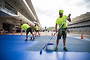 October 20, 2016: United States Grand Prix. Workers painting at COTA