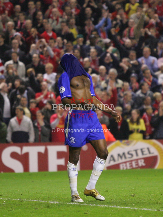 LIVERPOOL, ENGLAND. TUESDAY, MAY 3rd, 2005: Chelsea's William Gallas covers his head with his shirt as his side crash out to Liverpool during the UEFA Champions League Semi Final 2nd Leg at Anfield. (Pic by David Rawcliffe/Propaganda)