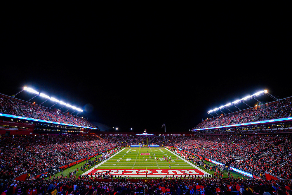 The Rutgers Scarlet Knights take on the Ohio State Buckeyes at High Point Solutions Stadium on Saturday night, October 24, 2015. <br /> Alex Goodlett/Rutgers Athletics